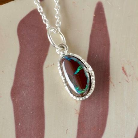 天然アイアンオパール純銀(SV1000)ネックレス2.08ct原石から磨いた1点もの