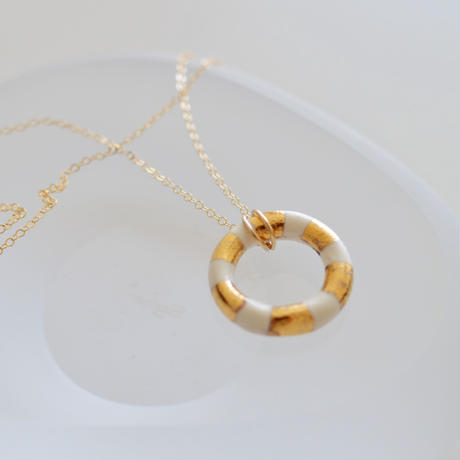 ring gold neckless  [lines]