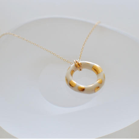 ring gold neckless  [dots]