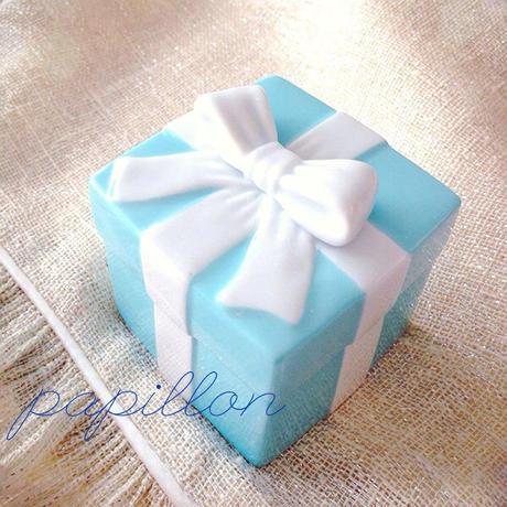 ティファニーブルーのボックス