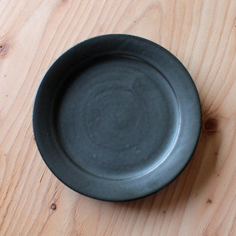 有馬和博:黒リム皿(7寸)