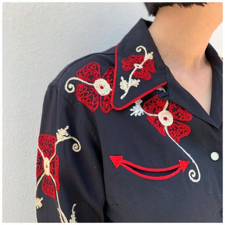 【レディース】1970s 刺繍ウエスタンシャツ