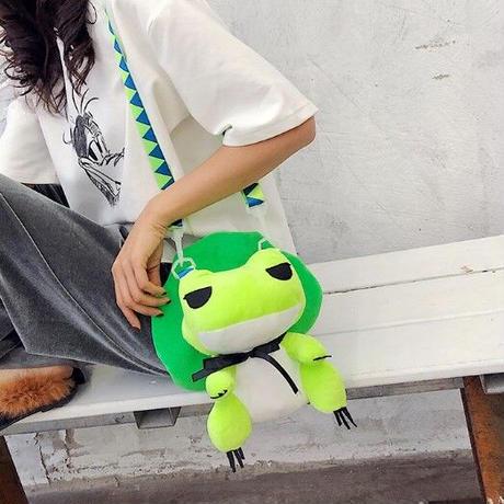 1Color 海外ブランド 人気  オシャレ 可愛い 寝ぼけ カエル ぬいぐるみ ショルダーバッグ レディース キッズ 爬虫類 安い バック 子供 公園 旅行 お出かけ 緑  B2166