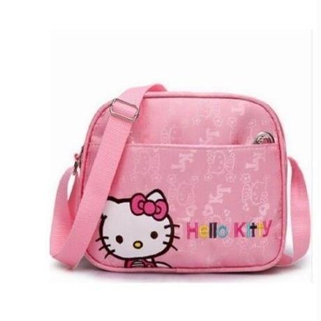 海外 ブランド 人気 ショルダーバック クロスボディバック キッズ 女の子 ハローキティ ピンク キャラクター 通園バック 遠足 キッズバック 可愛いバック おしゃれ