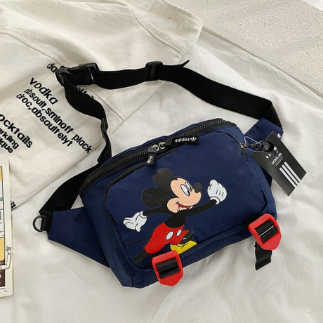 4Color 海外ブランド 人気  オシャレ ミッキーマウス ボディバッグ 大容量 可愛い レディース カジュアル 使いやすい 通勤 通学 旅行 ナイロン メッセンジャー バッグ 1699