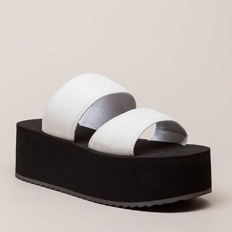 【L A】ダブルベルト 厚底サンダル  ホワイト