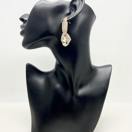 【LuxuryRose】 大人な魅力💋 キラキラ ラインストーン ゴージャス ドロップ ピアス