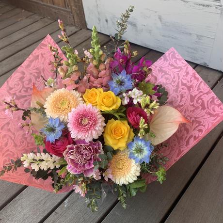 ギフト用アレンジメント、花束 区内無料配達