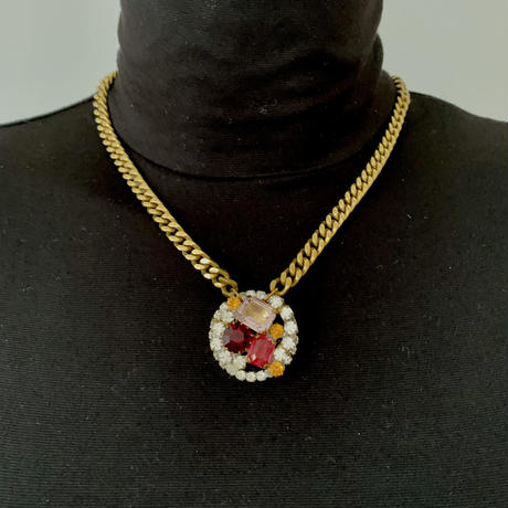 Vintage Bohemian Glass Pendant Necklace   Gradation Pink