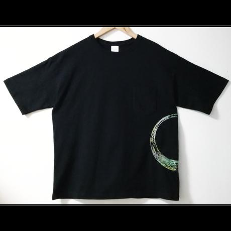 【手刺繍】「0 Angles」_20180430_5.6オンス ビッグシルエットTシャツ(ポケット付)を使用