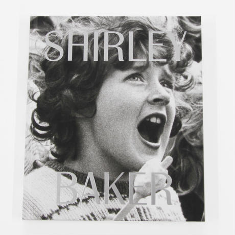 Lou Stoppard『SHIRLEY BAKER』