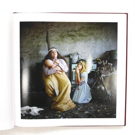 アレッサンドラ・サンギネッティ『THE ADVENTURES OF GUILLE AND BELINDA AND THE ENIGMATIC MEANING OF THEIR DREAMS』