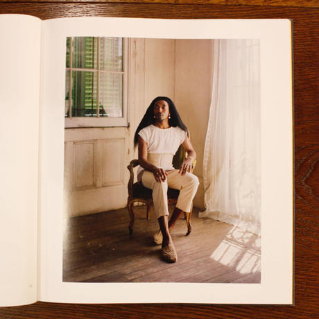 Alec Soth『 I KNOW HOW FURIOUSLY YOUR HEART IS BEATING』(サイン入り)