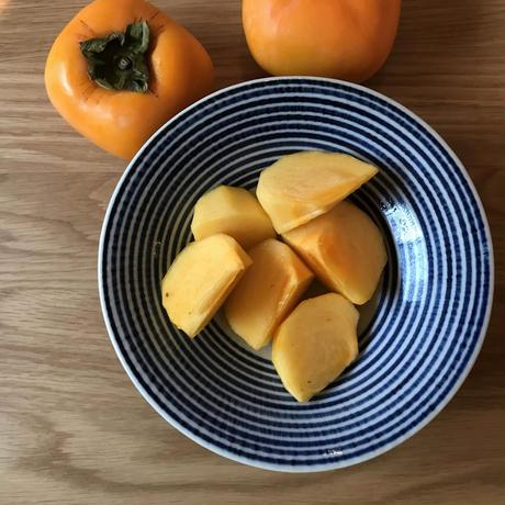 佐渡島のおいしい柿 5kg 自宅用 18-27個。