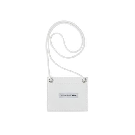M057  IDカードケース / ホワイト
