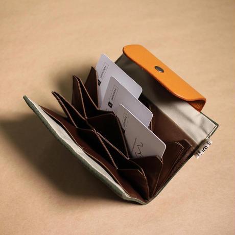 W01 はちのす カードケース / グリーン