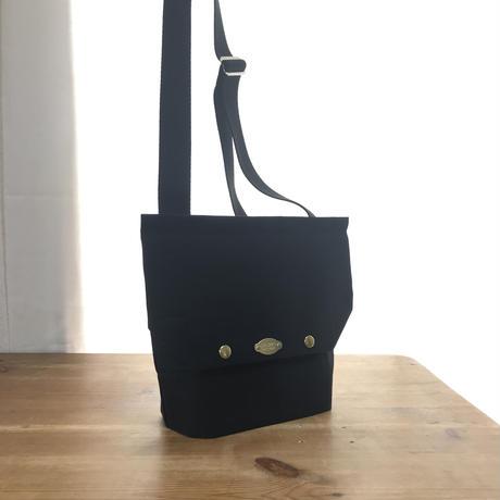 【For Ms. Michelle】SOWER SHOULDER / ブラック  FR-0216