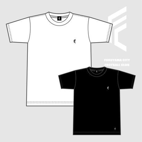 F.C.F.C. ロゴTシャツ(ホワイト / ブラック)