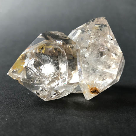 ハーキマーダイヤモンド <2>【クッション付き】