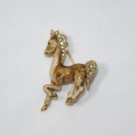 駆ける馬のブローチ(BR0054)