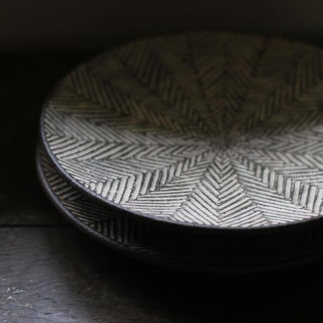 ヘリンボーン ケーキ皿/ 池田大介