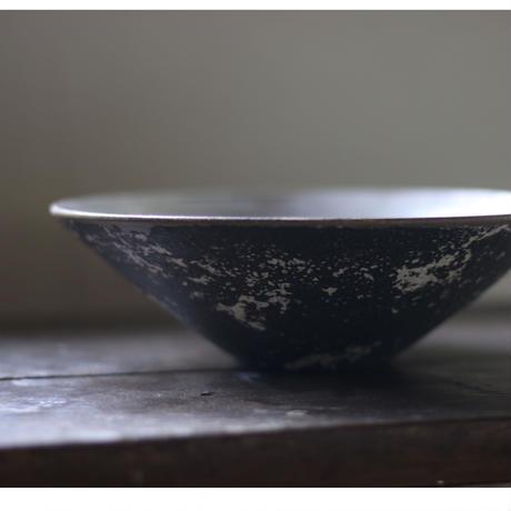 銀彩鉢/高木浩二