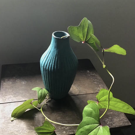 花器 赤土トルコ 鎬/ 飯高幸作