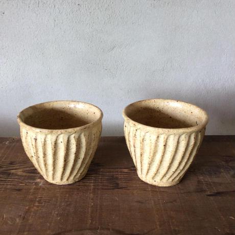 粉引削りカップ 白/及川静香
