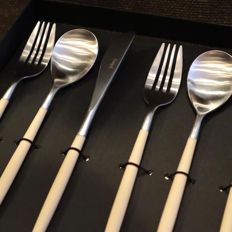 クチポール MIO 「アイボリー×シルバー」ディナーセット(テーブルスプーン・ディナーフォーク・ディナーナイフ)(N)