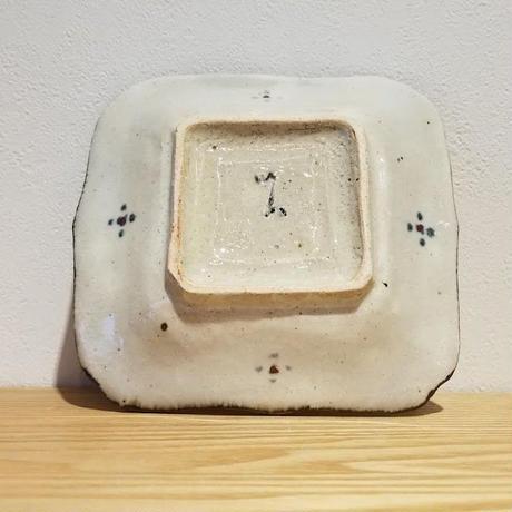 紅安南輪花四方小皿「作家 藤田佳三」  No.55