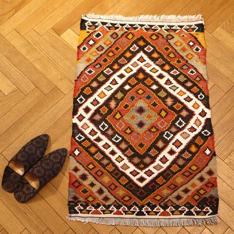 キリムラグ 89cm×58cm (NO.762)