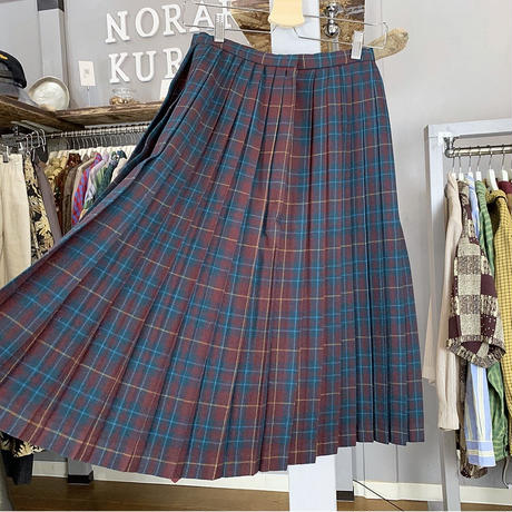 Plaid skirt (621)