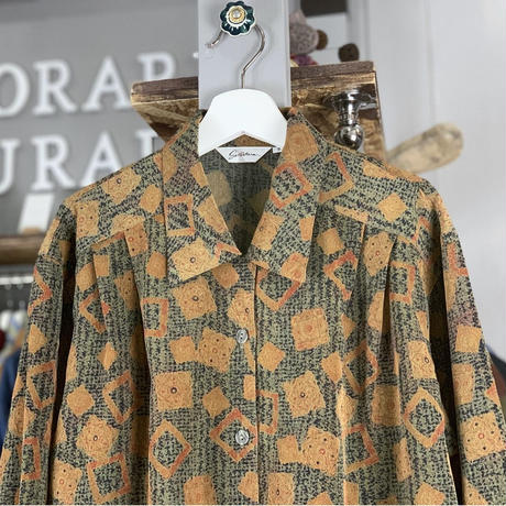 【sold out】design shirt (652)