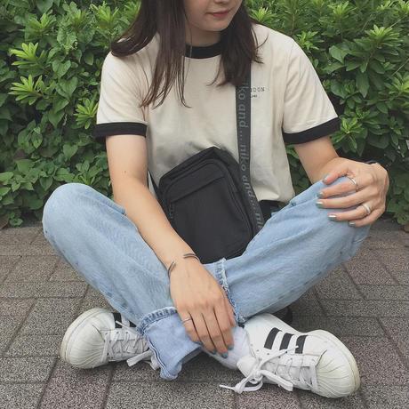 90s LONDON linger T−shirts(black)