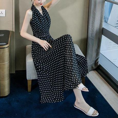 水玉 柄 ドレス ホルターネック ノースリーブ 白 黒 2色選択 0094