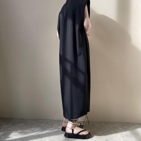 HYKE - DOUBLE CLOTH SLEEVELESS DRESS