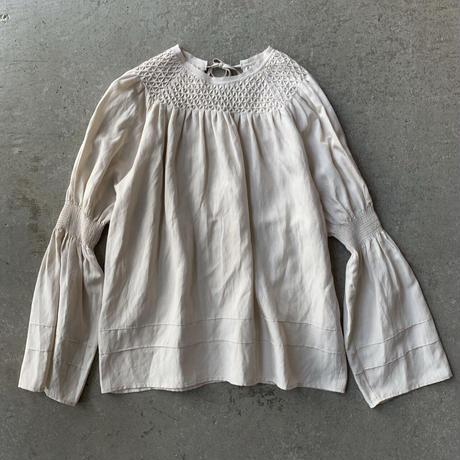 VillD - Rayon linen smocking blouse