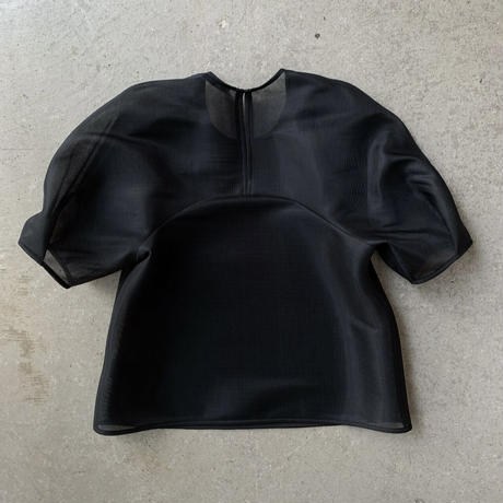 PHEENY - Seer double knit tucked sleeve top