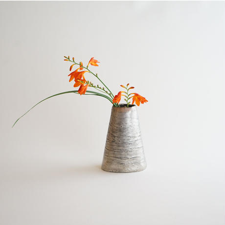 【安藤雅信】花器(銀彩)