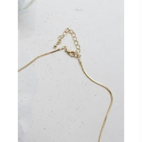 SIMPLE  NECKLACE