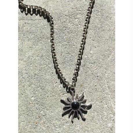 BIG SUN NECKLACE