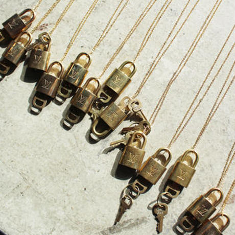 【Vintage Louis Vuitton】PADLOCK NACKLACE chain necklace