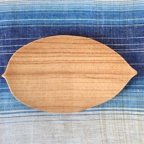 【ぬくもり溢れる木の器】月桃の葉皿 工房ぬりトン