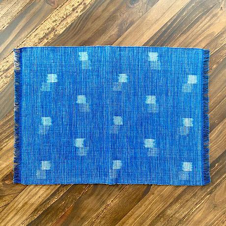 【琉球藍】大人の食卓に似合う琉球藍・琉球絣ランチョンマット
