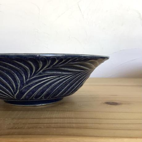 【南端ポタリー】ふちしのぎ皿 紺 16.5cm   新里竜子