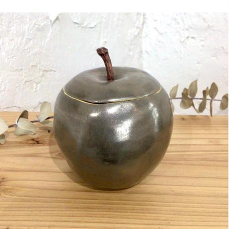 【大人可愛い♪】メタル蓋付きりんご 陶factory509