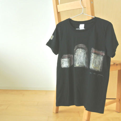 手描きTシャツ(Mサイズ・フルペイント) 〔黒・パン〕