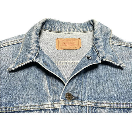 ▲訳あり商品▲ MADE IN USA製 LEVI'S デニムジャケット 70506-0217 ライトインディゴ 40サイズ