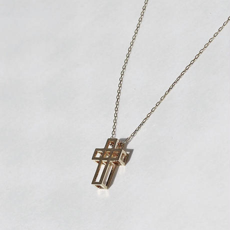 CUBE CROSS  NECKLACE