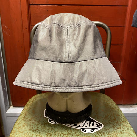 "[USED] ""HUITIEME"" BUCKET HAT!"